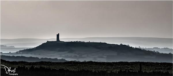 Castle Hill, Near Huddersfield by woodyp