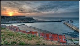 2014.03.08 - Whitby Harbour Sundown