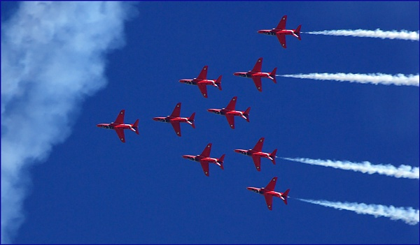 Red Arrows 02. by Badgerfred
