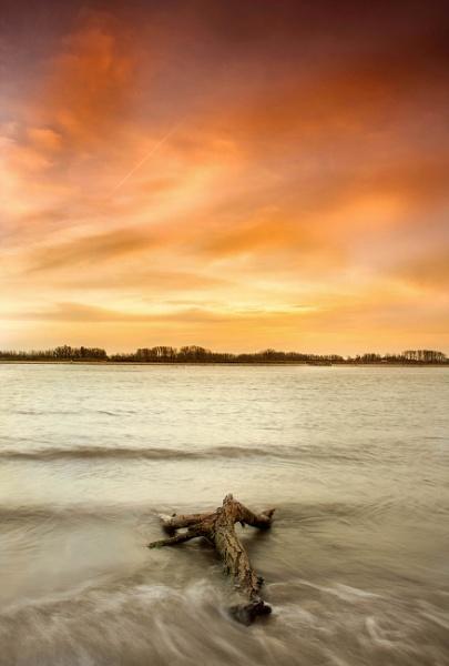 Evening Light by saeidNL