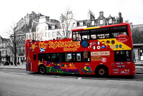 A City Sightseeing Tour, through Old Edinburgh. by mediaman