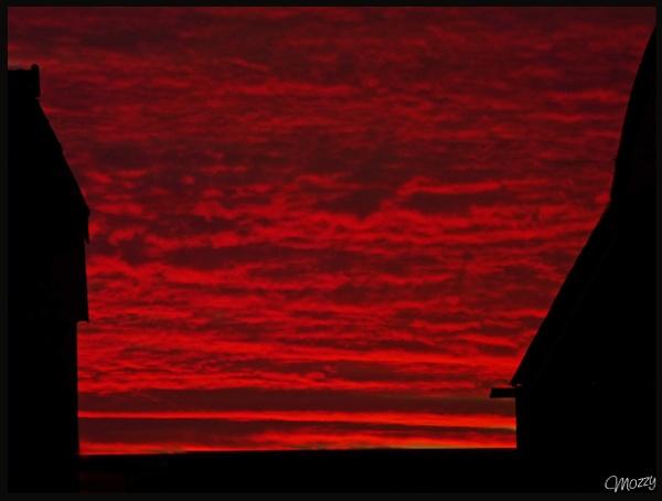 Powerful sunset by Mozzytheboy