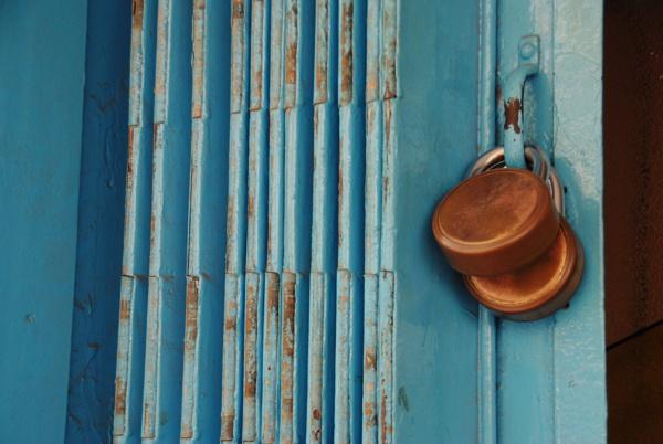 Blue close ups... by Chinga