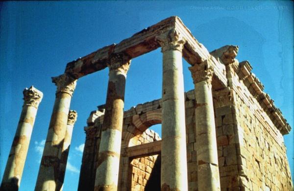 Algeria: 10 Djemila (part I) by gss