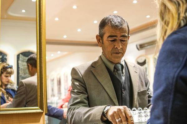 shopkeeper13 by Baycan