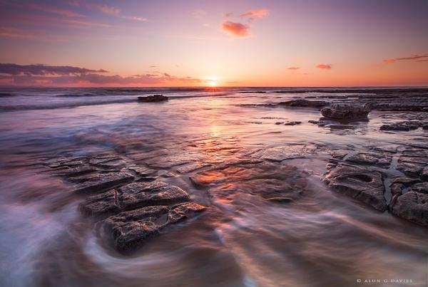 Sea of Tranquility by Tynnwrlluniau