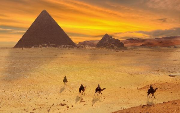 The pyramids by JoHa