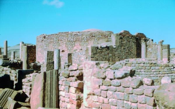 Algeria: 12 Djemila (part III) by gss