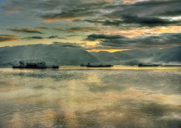 Evening mooring by JoHa