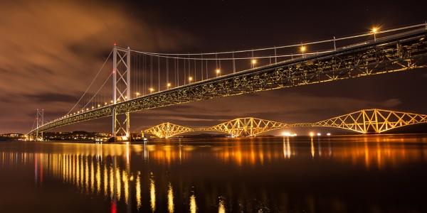 Forth Bridge Night by TomHarper