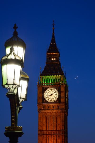 Big Ben at Night by bikerone