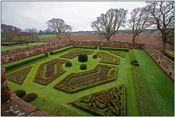 Edzell Castle Gardens by lenocm