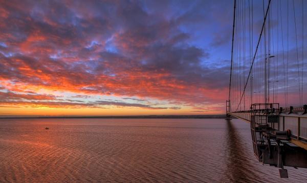 Dawn Bridge by oddlegs