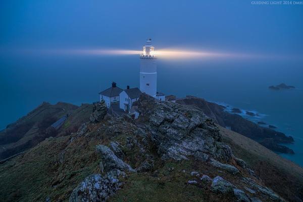 Guiding Light by dmhuynh72