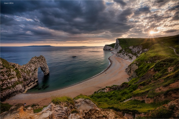 Durdle Door by dmhuynh72