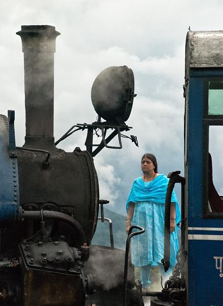 Darjeeling Toy Train by jasonrwl