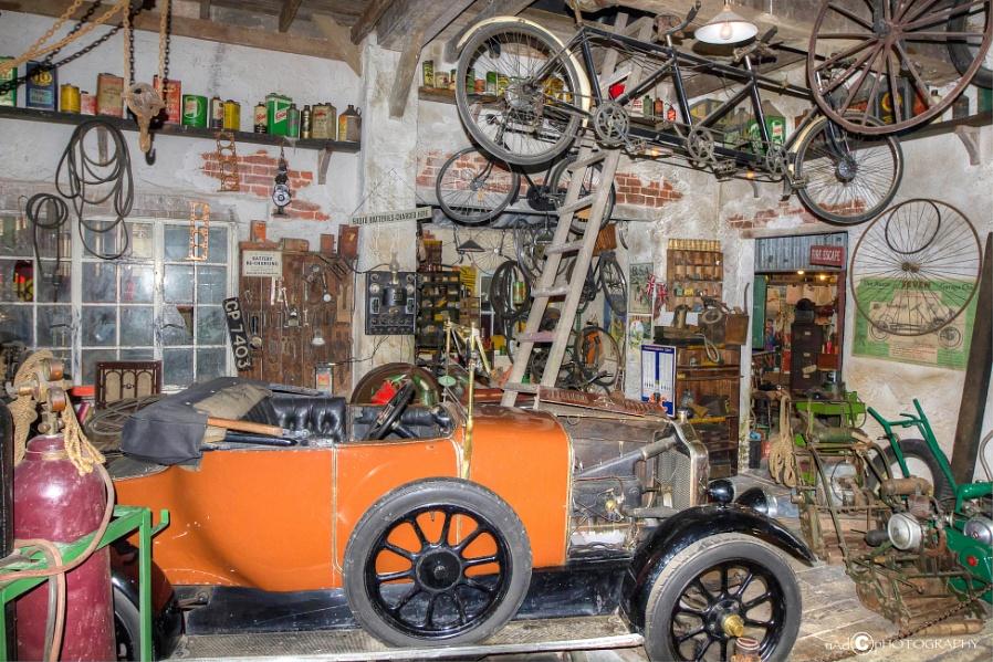 Tuckers Garage