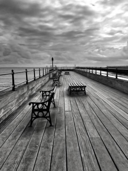 The pier at Littlehampton by Simon_Marlow