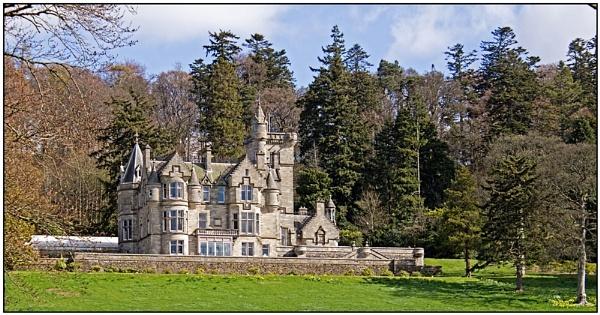 Kinnettles Castle by lenocm