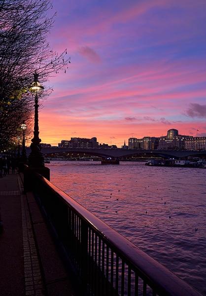 Waterloo Sunset by Jasper87