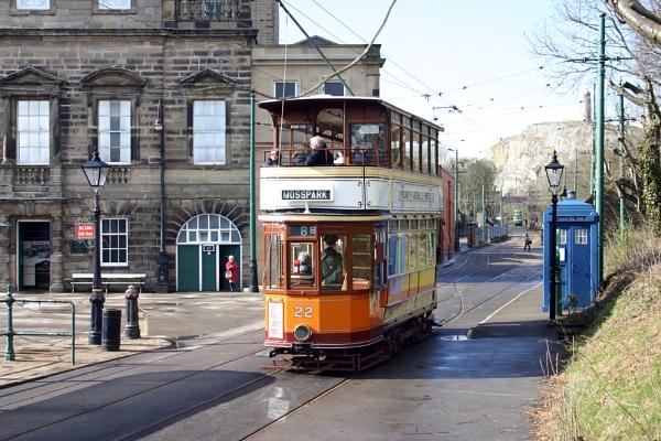 Tram 22 by nanpantanman