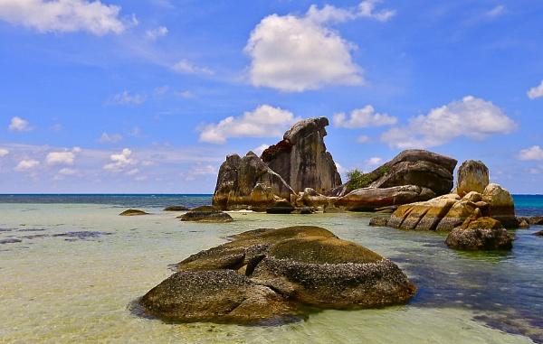 Blitung Island by WimpyIskandar