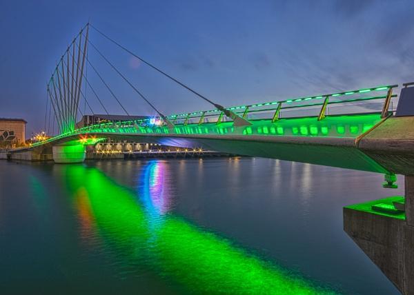 Bridge at Salford Quays by matrix45
