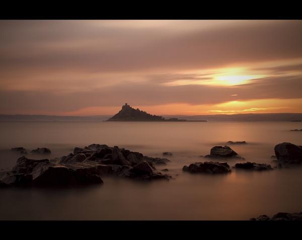 St Michael\'s Mount Sunset by DexlaMedia