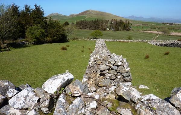 Dry stone wall 2 by netta1234