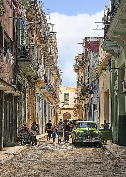 Street Scene, Havana by StickyW