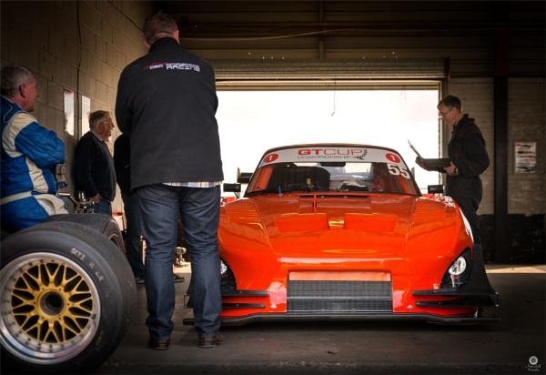 Porsche Garage by MattB1987