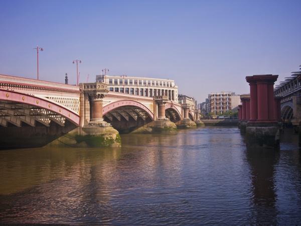Blackfriars Bridges by victorburnside