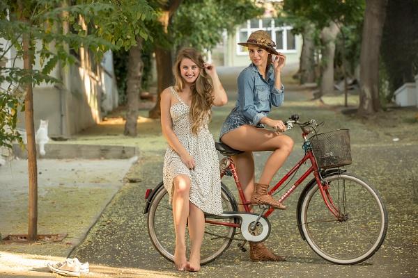 Bicycle Beauties by serhanoksay