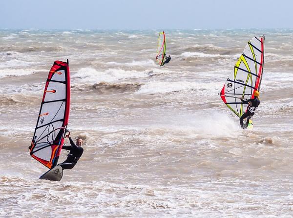 Wind Surfers by JJGEE