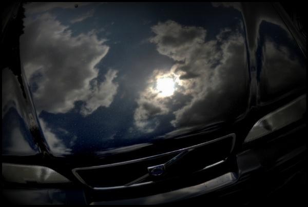 Volvo and sky by Aldo Panzieri