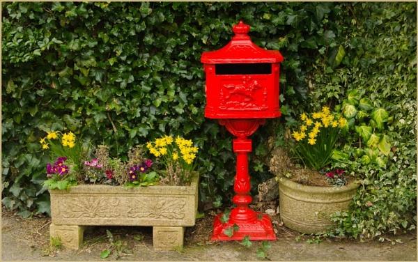 Postbox. by myrab