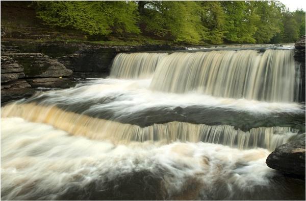 Lower Falls. by 213hardy