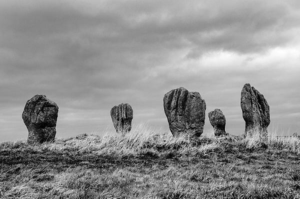 Dudo standing stones by icphoto