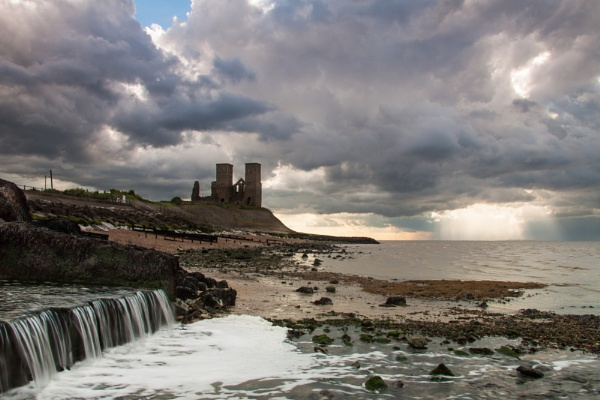 Reculver Towers, Kent by andyhicks