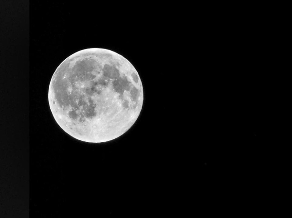 Moon 15-05-2014