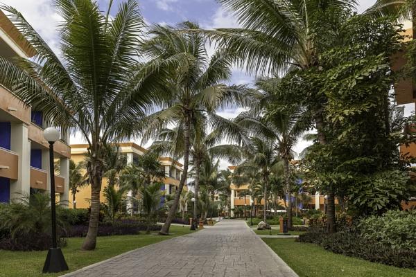 Grand Bahia Principe hotel in Akumal. Mexico by pdunstan_Greymoon