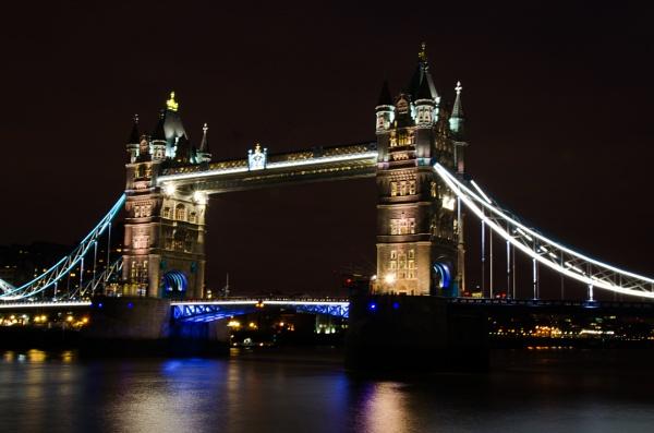 Tower Bridge by penfold2000