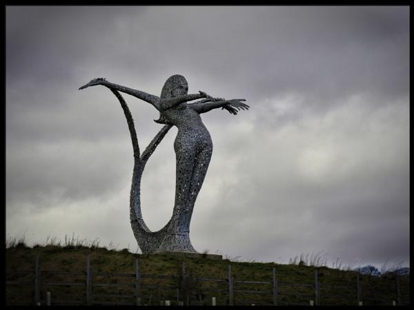 Aria Sculpture, M80, Cumbernauld, Scotland by buddiePhotographer