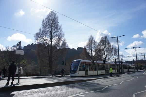 Edinburgh Trams by betttynoir