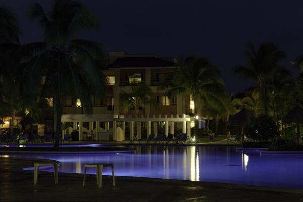 Night shot of pool area by pdunstan_Greymoon