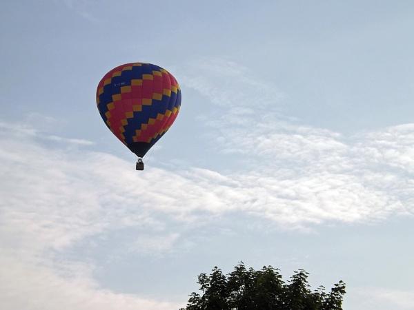Hot Air balloon by ZoeKemp