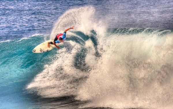 Surfing El Confital by RobDougall