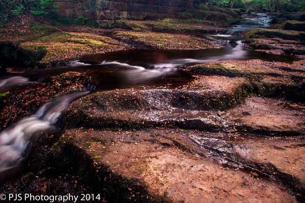 Flowing down rocks by Phil-LS