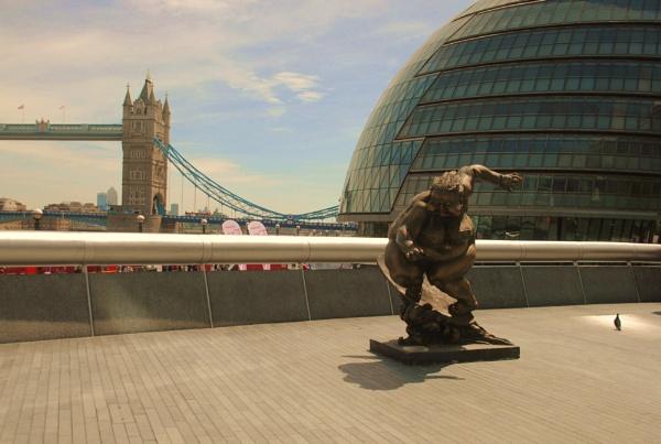 More London by Chinga
