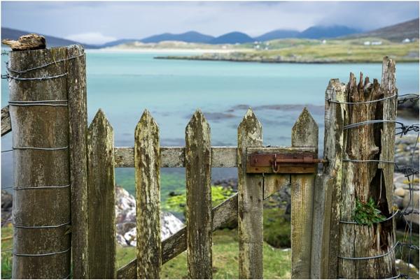 Old Wooden Gate... by Scottishlandscapes